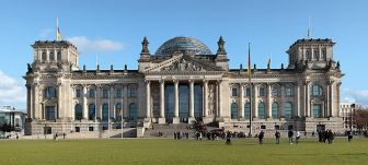600px-Berlin_reichstag_west_panorama